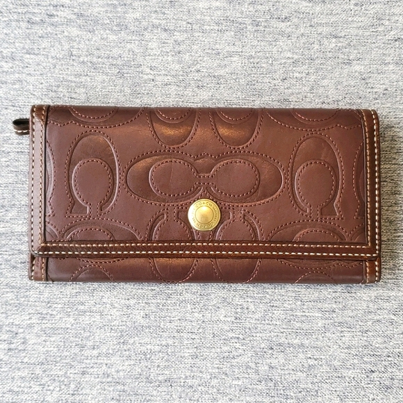 Coach Brown Leather Trifold Clutch Wallet